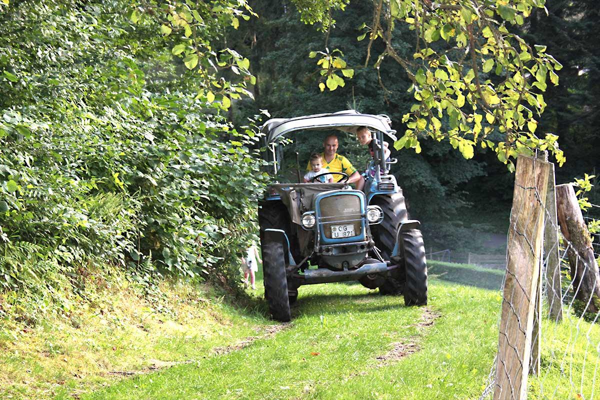Traktor fahren im Schwarzwald